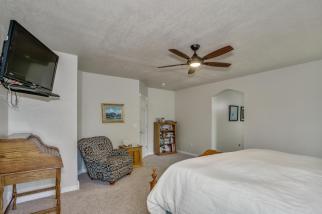 3650 N Main St El Dorado KS-large-038-101-Master Bedroom-1500x1000-72dpi