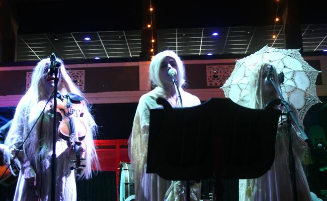 The Haden Triplets performed a haunted set lullabying during the Supreme Festival on Oct. 25 at the Shrine Expo Hall and Grounds. Photo Credit: Rasta Ghafouri/The Sundial