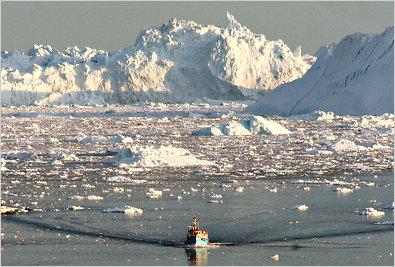 Panoramic photo of melting ice caps,
