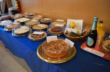 More delicious auction pies