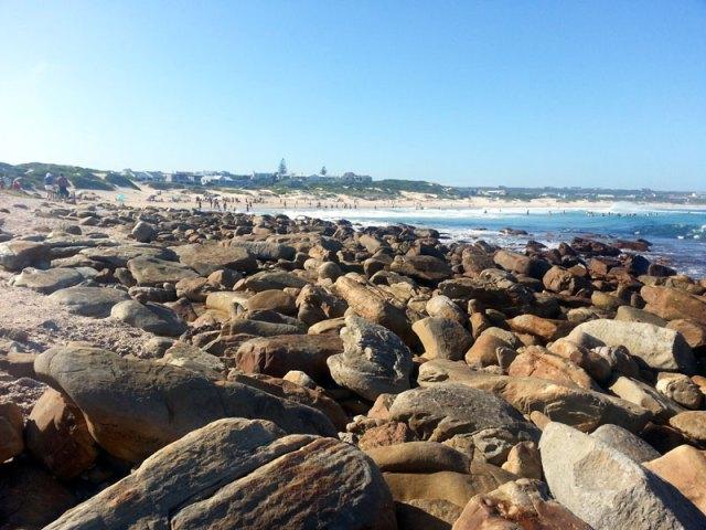 Beach-Rocks-Cape-St-Francis