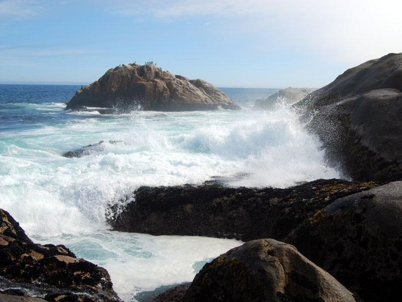 Tietiesbaai-Wave-Crashing