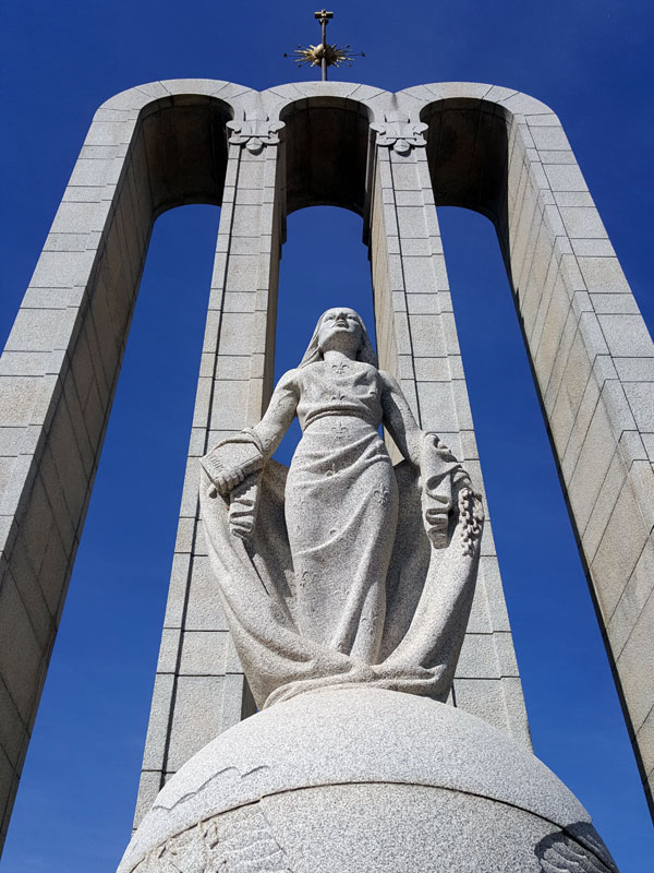 Relgious-Freedom-Huguenot-Monument