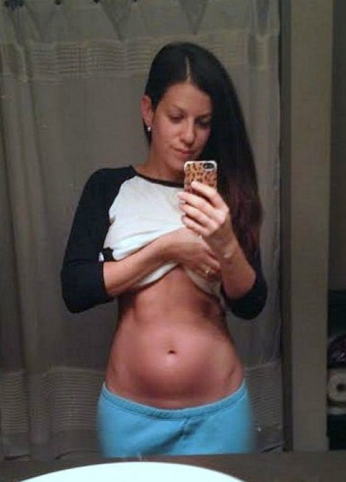 18 weeks pregnant belly