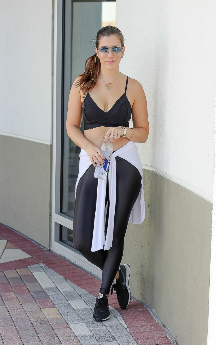 from gym to street, stylish gym clothes