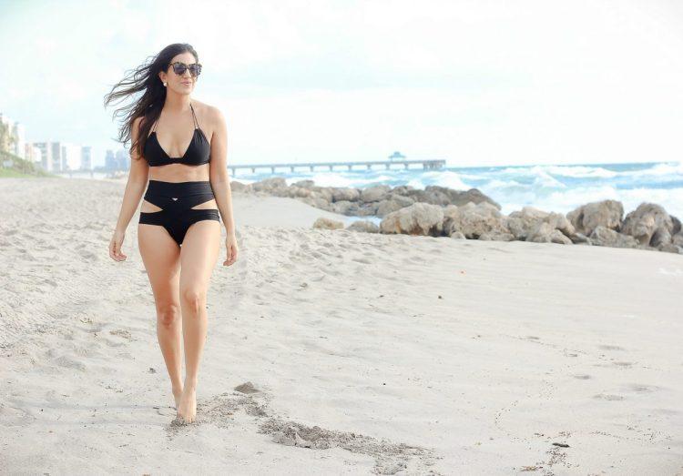 Montce black dopio bikini top, Montce criss cross bikini, Miami Florida blogger