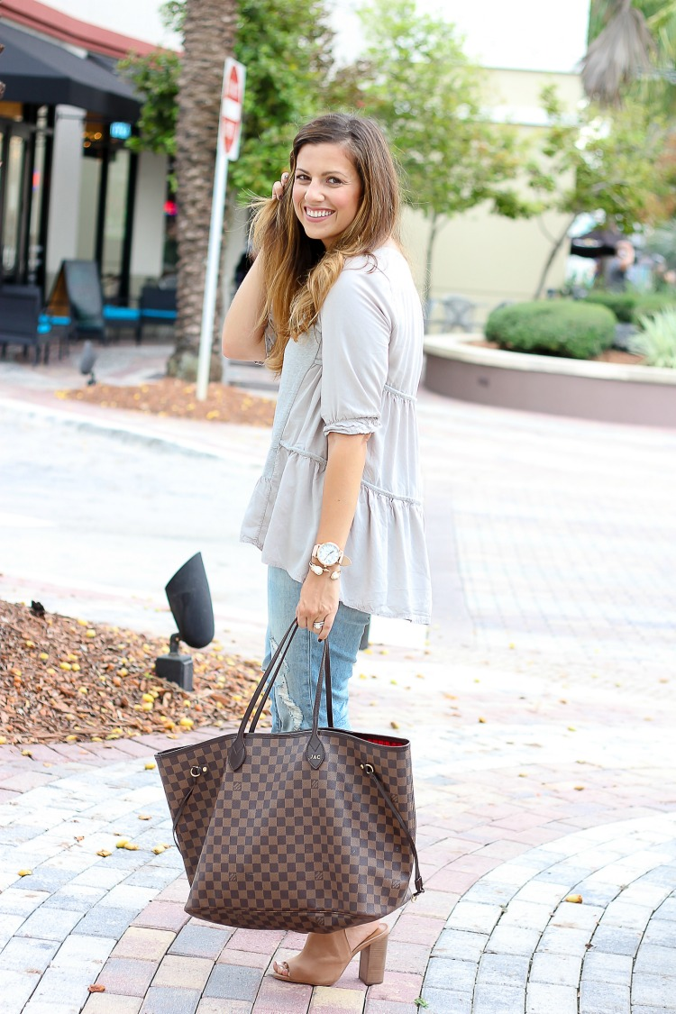 Chicwish Cozy My Fav Grey Dolly Hi-Lo Top worn by fashion blogger Jaime Cittadino of Sunflowers and Stilettos