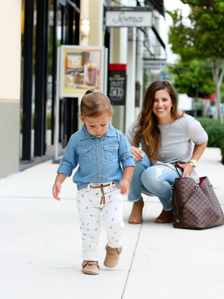 Miami fashion blogger Jaime Cittadino and daughter Harley Cittadino wearing Freshly Picked Moccasins