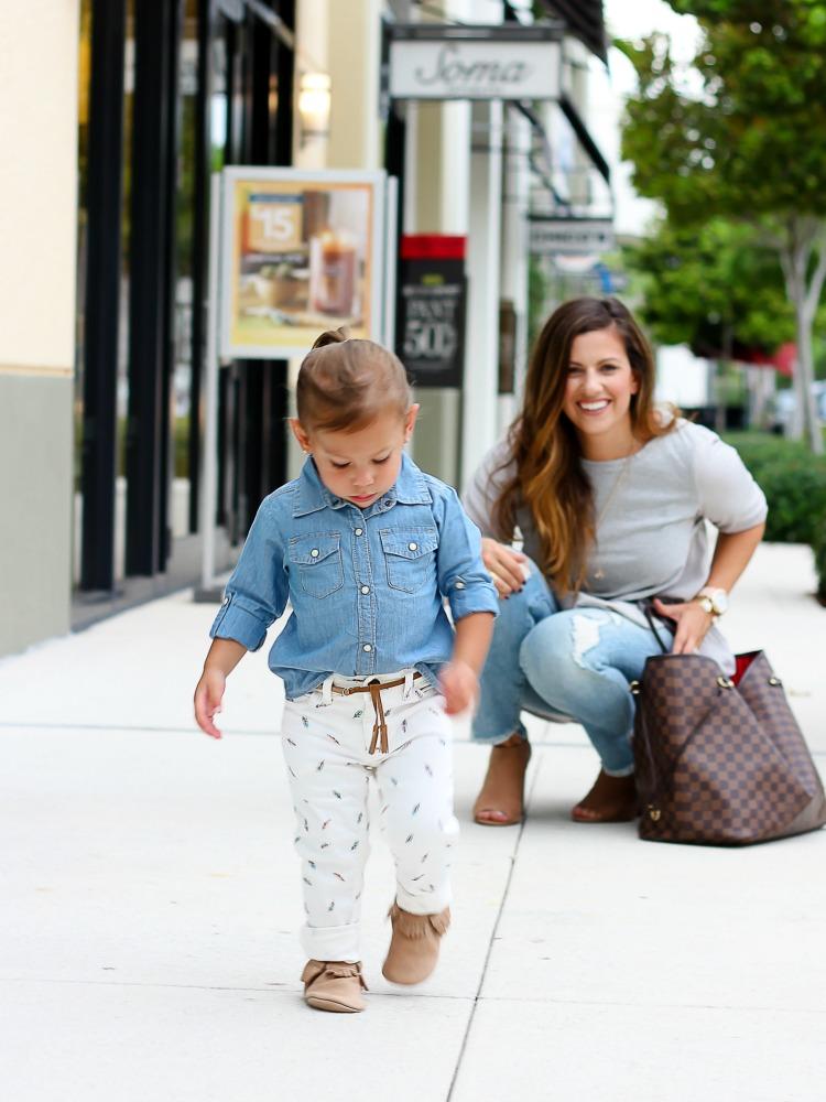Miami fashion blogger Jaime Cittadino and daughter Harley Cittadino wearing Freshly Picked Moccasins