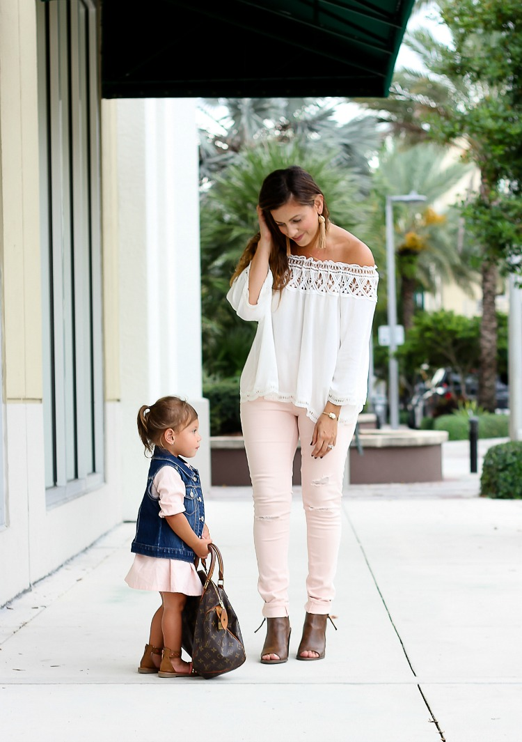 Mommy and Me fashion, Mother Daughter Matching Outfits, Mommy and Me blogger Jaime Cittadino of Sunflowers and Stilettos