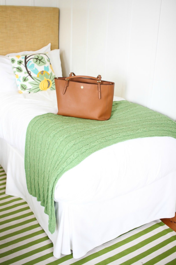 76 Main Nantucket room