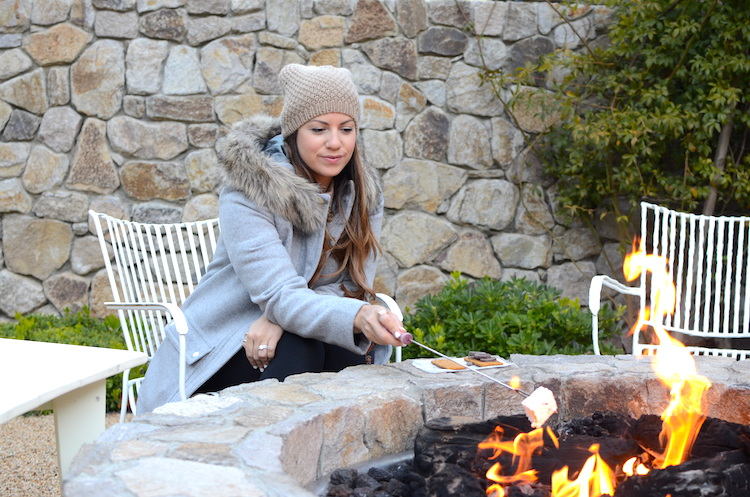 Farmhouse Inn smores with Jaime Cittadino of Sunflowers and Stilettos blog