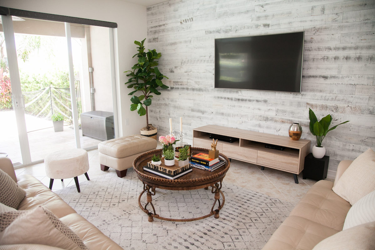 Living Room Decor :: Stikwood Accent Wall :: Round Coffee Table :: Fiddle