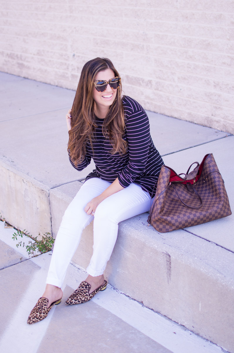 stripes and leopard pattern mix for fall_ casual chic style _ bump style _ pregnancy style _ chic mom style
