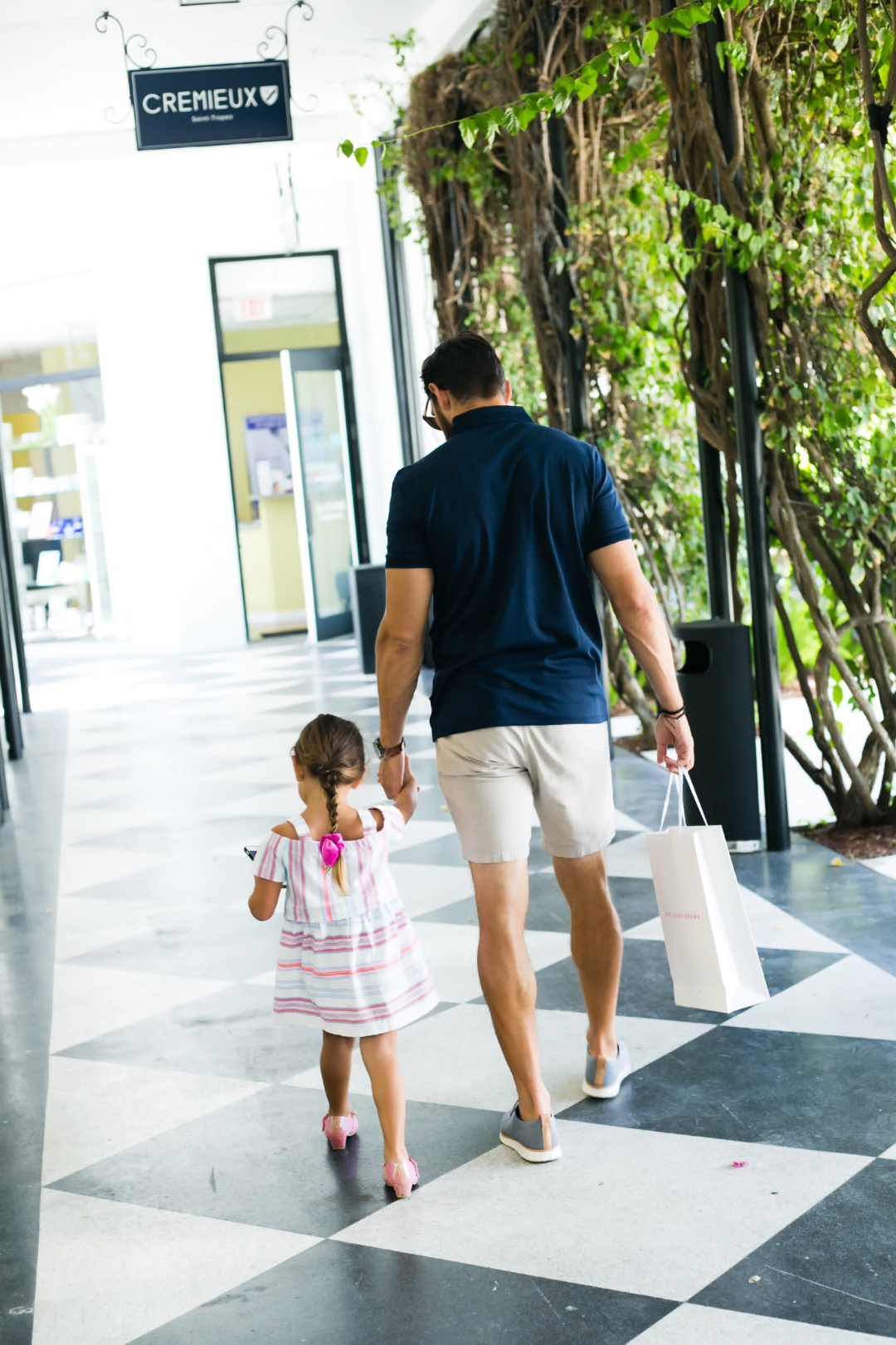 where to shop in Florida, best shopping plaza Palm Beach