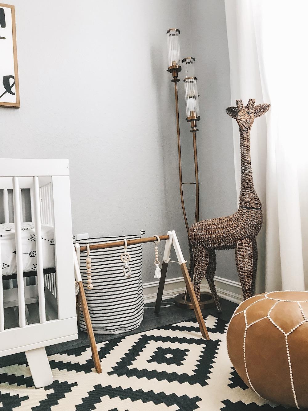 baby nursery neutral decor, black white nursery
