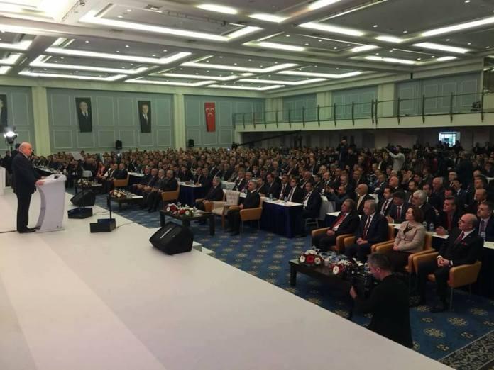 """Antalya Side'de düzenlenen MHP İl ve İlçe Başkanları toplantısına, Çorum MHP teşkilatları tam kadro katıldı. MHP İlçe başkanı Yasin Şahin, """"Liderimizin işaret ettiği şekilde çalışmalarımızı sürdüreceğiz. MHP Türkiye'nin umudu olmaya devam edecektir"""" dedi. bahçeli, devletbahçeli, mhp, yasinşahin"""