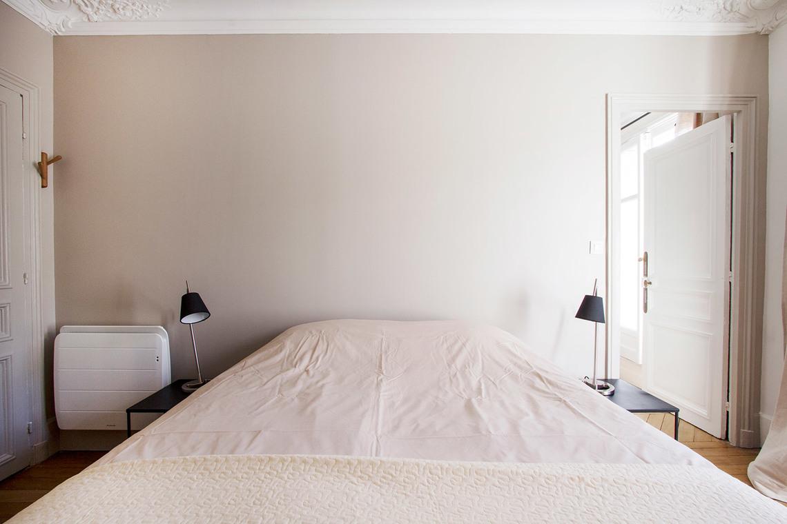 rue Tresor bedroom