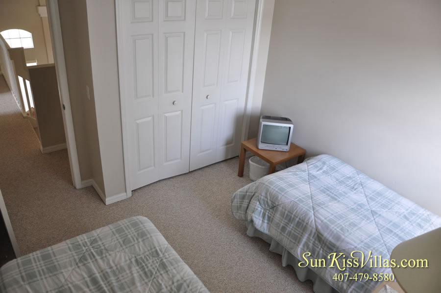 Vacation Rental Near Disney - Bahama Breeze - Twin Bedroom