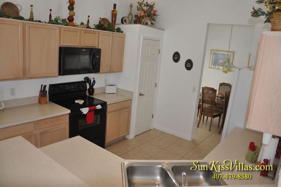 Disney Vacation Home Rental - Disney Palms - Kitchen