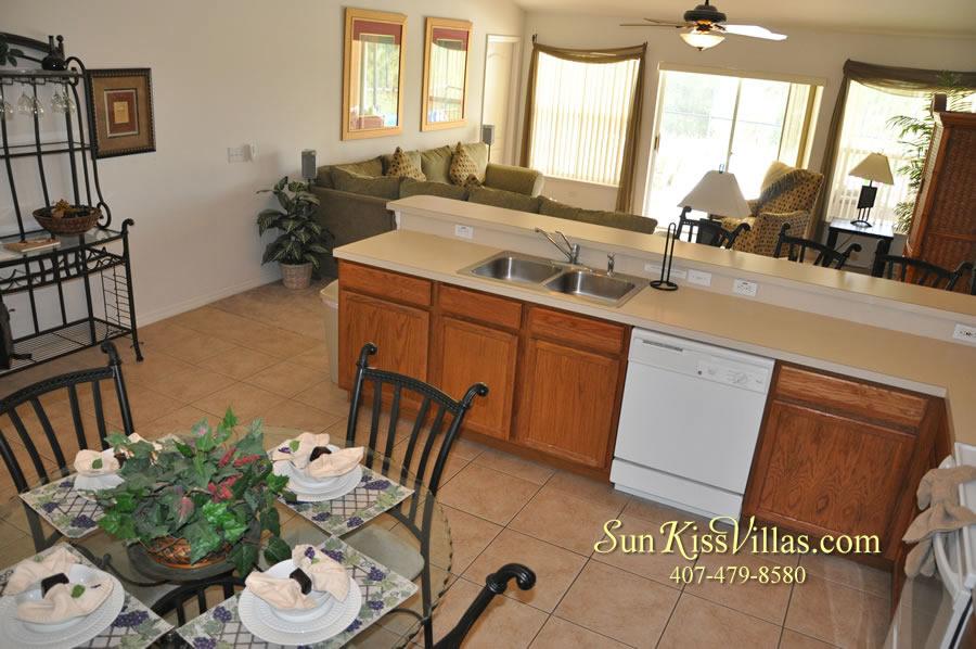Orlando Disney Villa Rental - Grand Palms - Kitchen and Breakfast