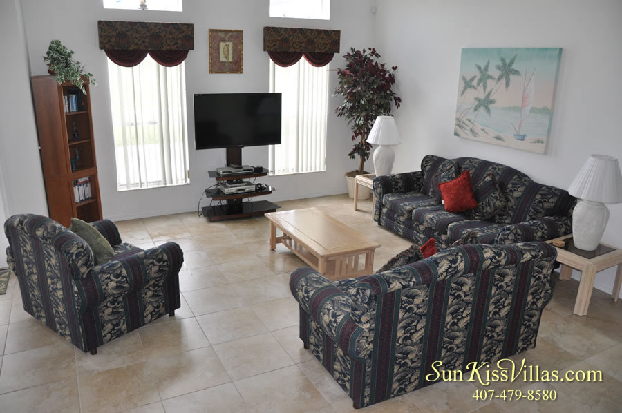 Orange View Vacation Home Rental Near Disney - Family Room