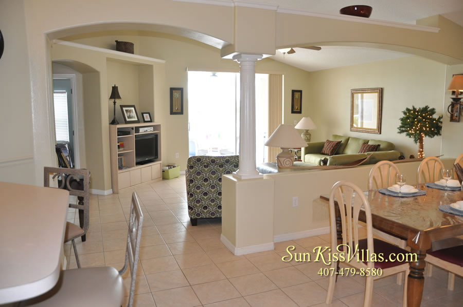 Orlando Vacation Rental - Palm Lake - Dining and Family Room