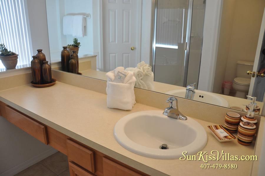 Treasure Cove - Disney Vacation Rental Solana - Bathroom
