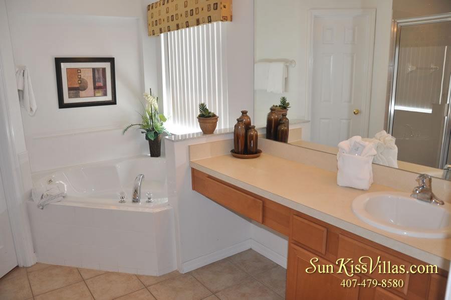 Treasure Cove - Disney Vacation Rental Solana - Master Bath