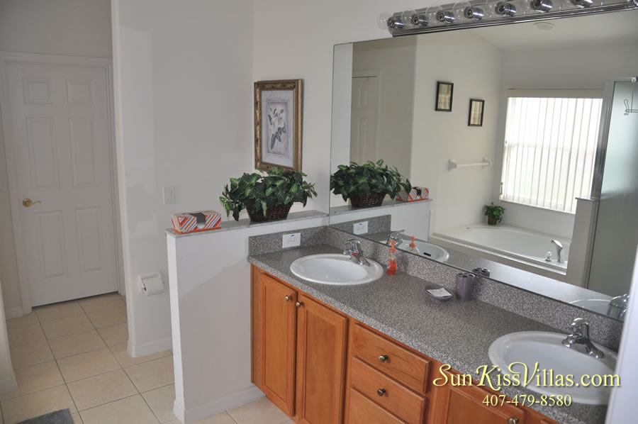 Vacation Villa Rental Near Disney - Emerald Cove - Master Bath