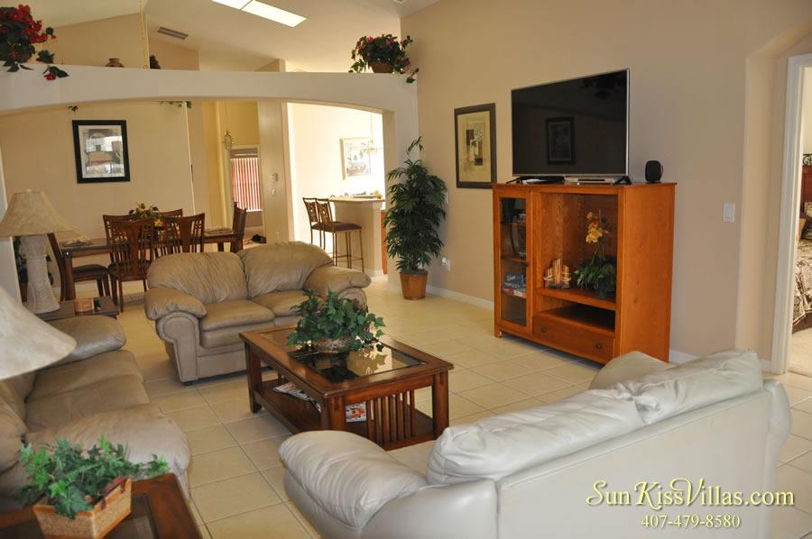 Vacation Villa Rental Near Disney - Emerald Cove - Family Room