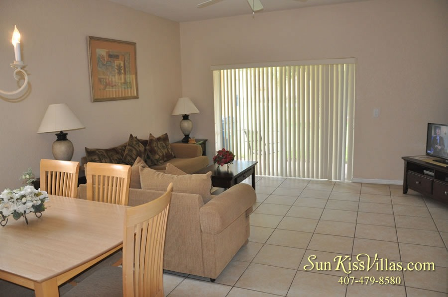Vacation Townhouse Rental Disney - Trade Winds - Dining and Family Room