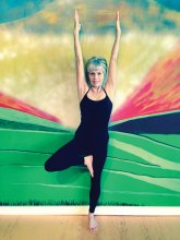 Join Sheila Axtman for Vinyasa yoga!