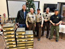 Sun Lakes Posse and Sun Lakes Sheriff's Posse keep an annual tradition of giving back at local men's homeless shelter.