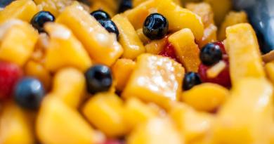 Sunn dessert med frukt, hvitløk og ingefær