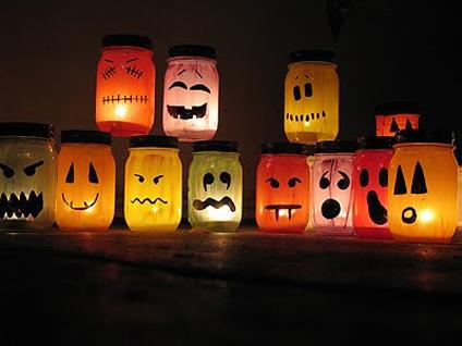 Занятия с детьми осенью: halloween банки-подсвечники