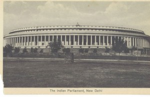 The-Indian-Paliament,-New-Delhi.--Containing-the-Council-of-State-Princes-Chamber-&-the-Legislative-Assembly[1]