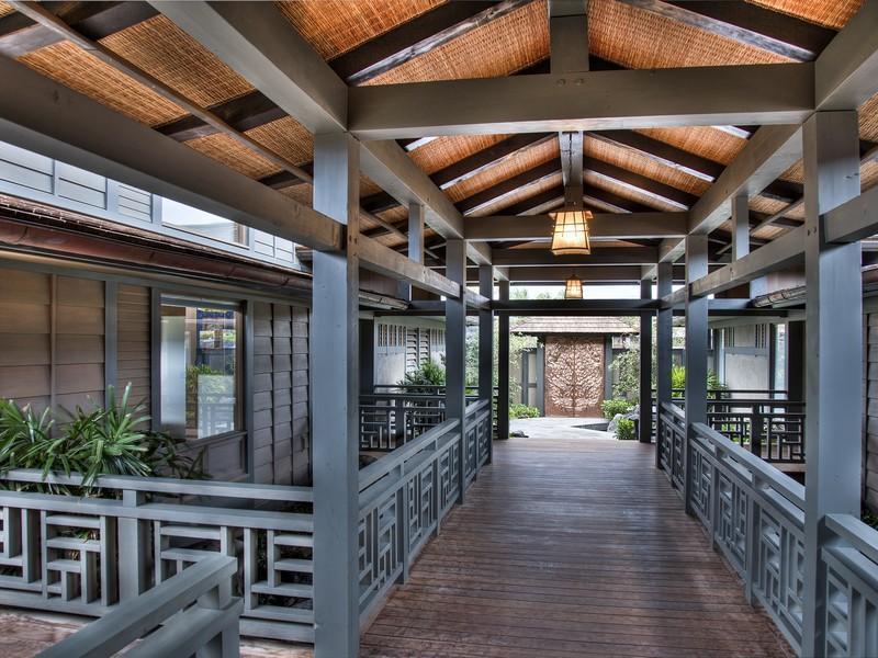 Entry-Walkway-Gardens-