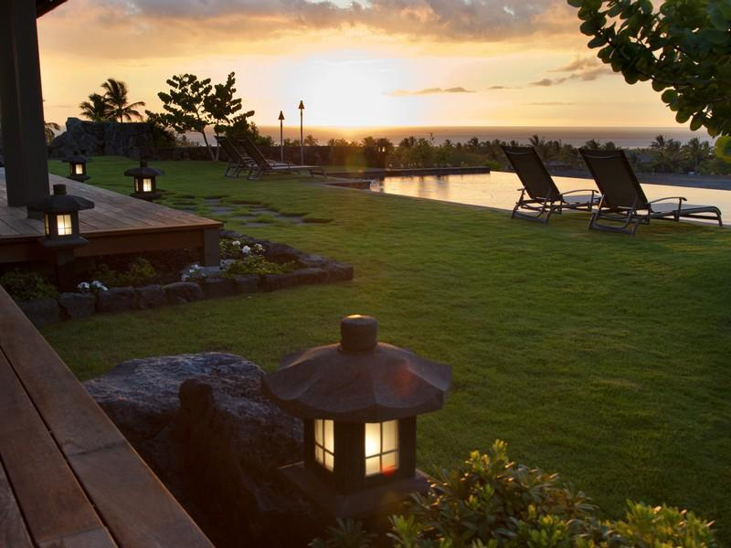Sunset-at-Lanai-