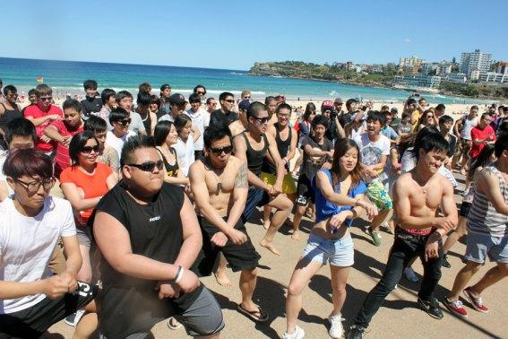 Gangnam style flash mob at Bondi Beach powered by Sunny Bins