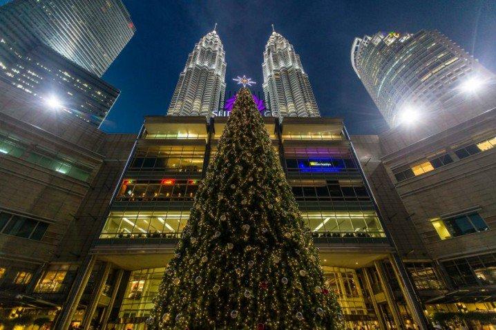 Τα πιο όμορφα χριστουγεννιάτικα δέντρα στον κόσμο2