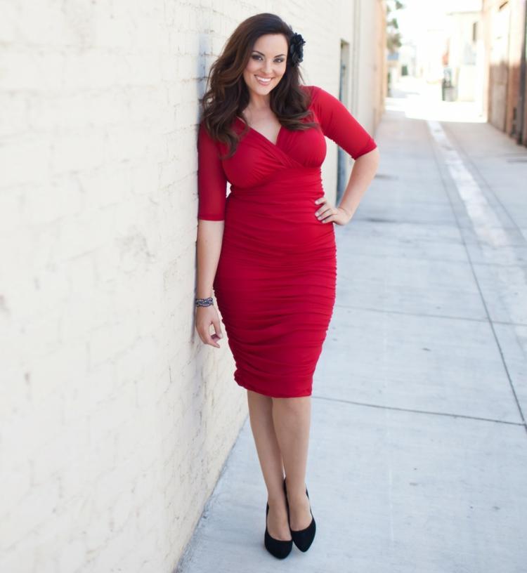 Φορέματα σε μεγάλα μεγέθη - μόδα για γυναίκες με καμπύλες31