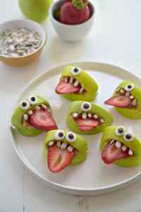 Silly Apple Bites Halloween Snack