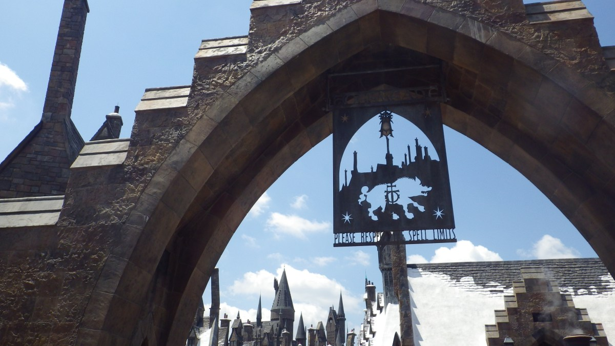 The Dueling Challenge: Harry Potter, London vs Orlando?
