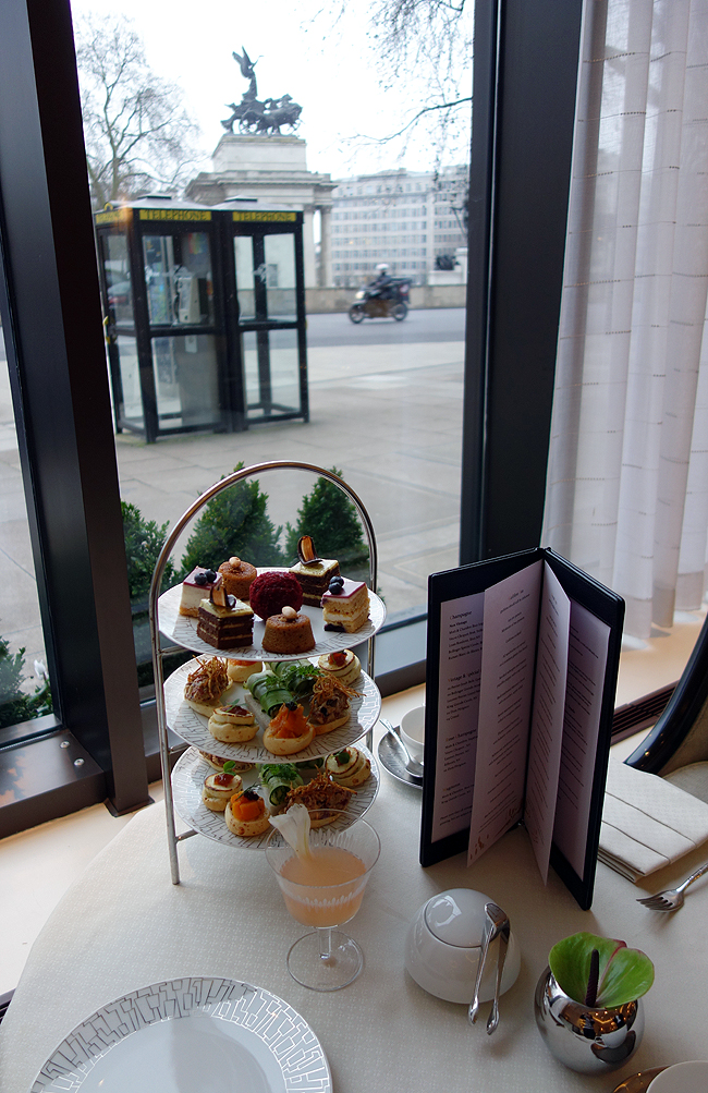 http://parklane.intercontinental.com/wellington-lounge-afternoon-tea.html