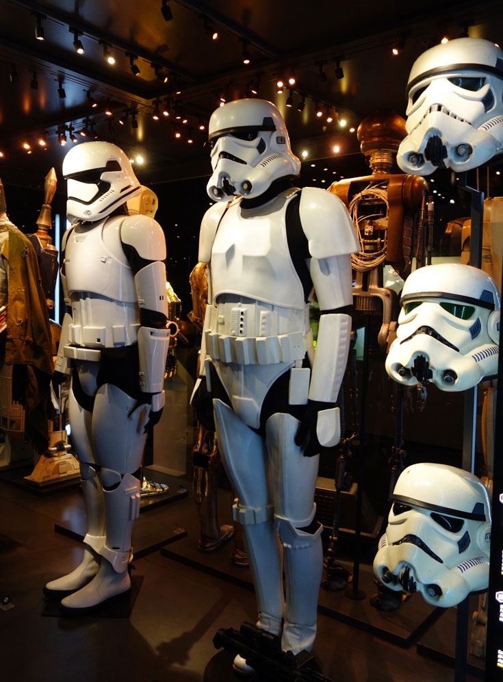 visiting-london-star-wars-identities-O2