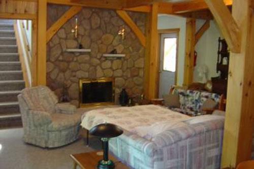 pine-studio-interior2ps