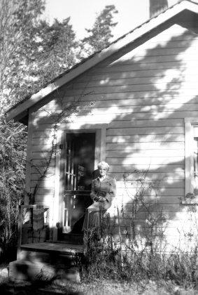 Early Montana Beach house, FYC a
