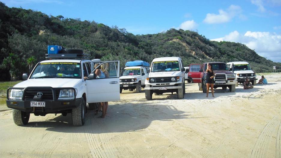 Australische Inseln Ostküste Autos auf Fraser Island in Australien