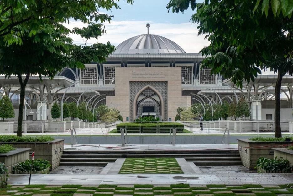 putrajaya sehenswürdigkeiten eiserne moschee